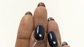 Reverse glitter nail art manicure