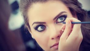 5 trucchi per avere occhi più grandi