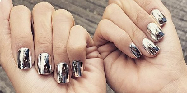 manicure-specchio-tendenza-unghie