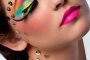 rainbow-exotic-eye-color-makeup-1