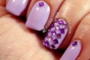 lilac-depend-polish-354-cult-nails-purple-rhinestones-harlequin-002
