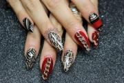 fendi-nails