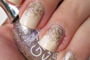 gradient-glitter-nail-art-tutorial