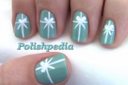 tiffanys-christmas-present-nail-art