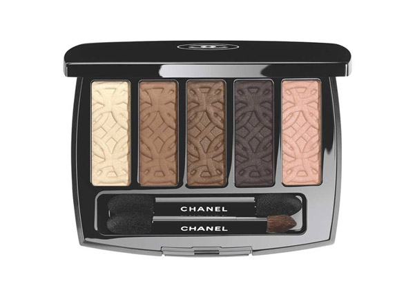 chanel-make-up-autunno-2015-02
